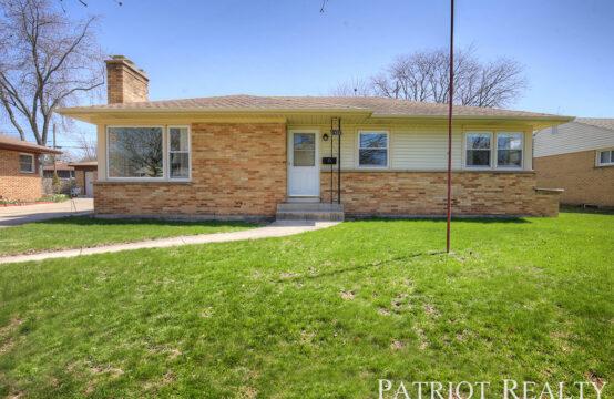 1452 Lewison Avenue NE, Grand Rapids, MI 49505