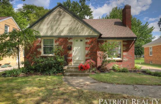 1532 Gladstone Drive SE, Grand Rapids, MI 49506