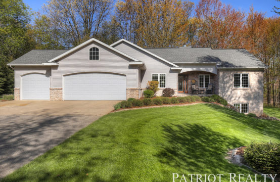 7669 Evergreen Meadow Drive NE, Rockford, MI 49341
