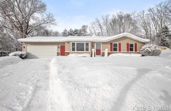 1532 Cloverly Court NW, Grand Rapids, MI 49544
