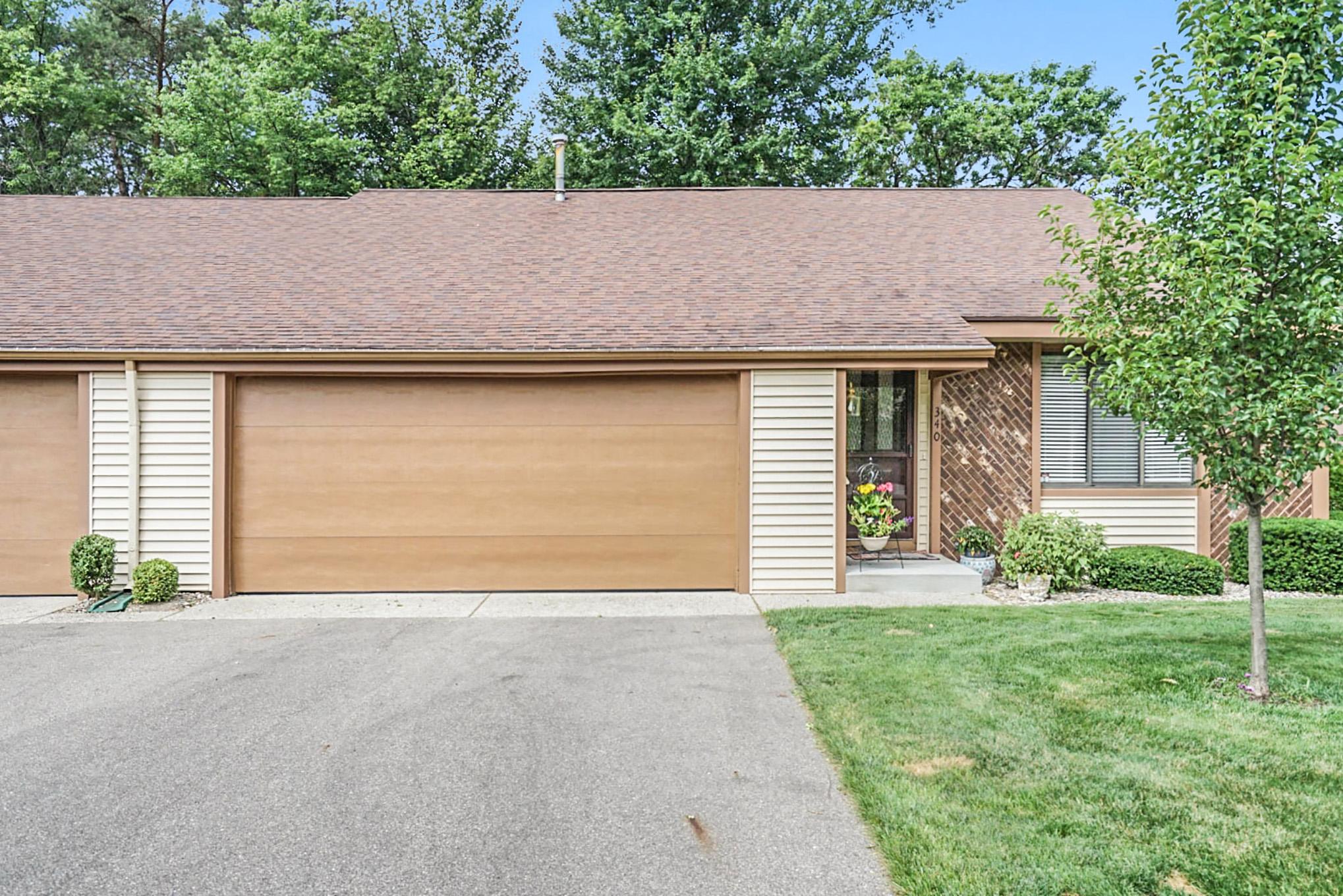340 Pineview Lane, Holland, MI 49424
