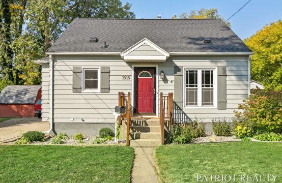 1313 Houseman Avenue NE, Grand Rapids, MI 49505